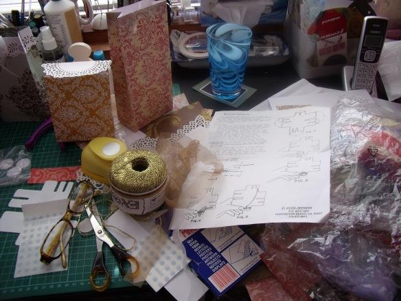 desk R