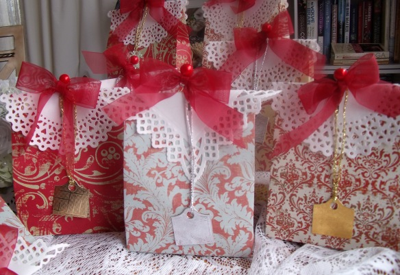 Gift BagsD1