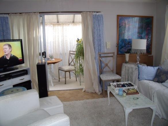 lounge May 11